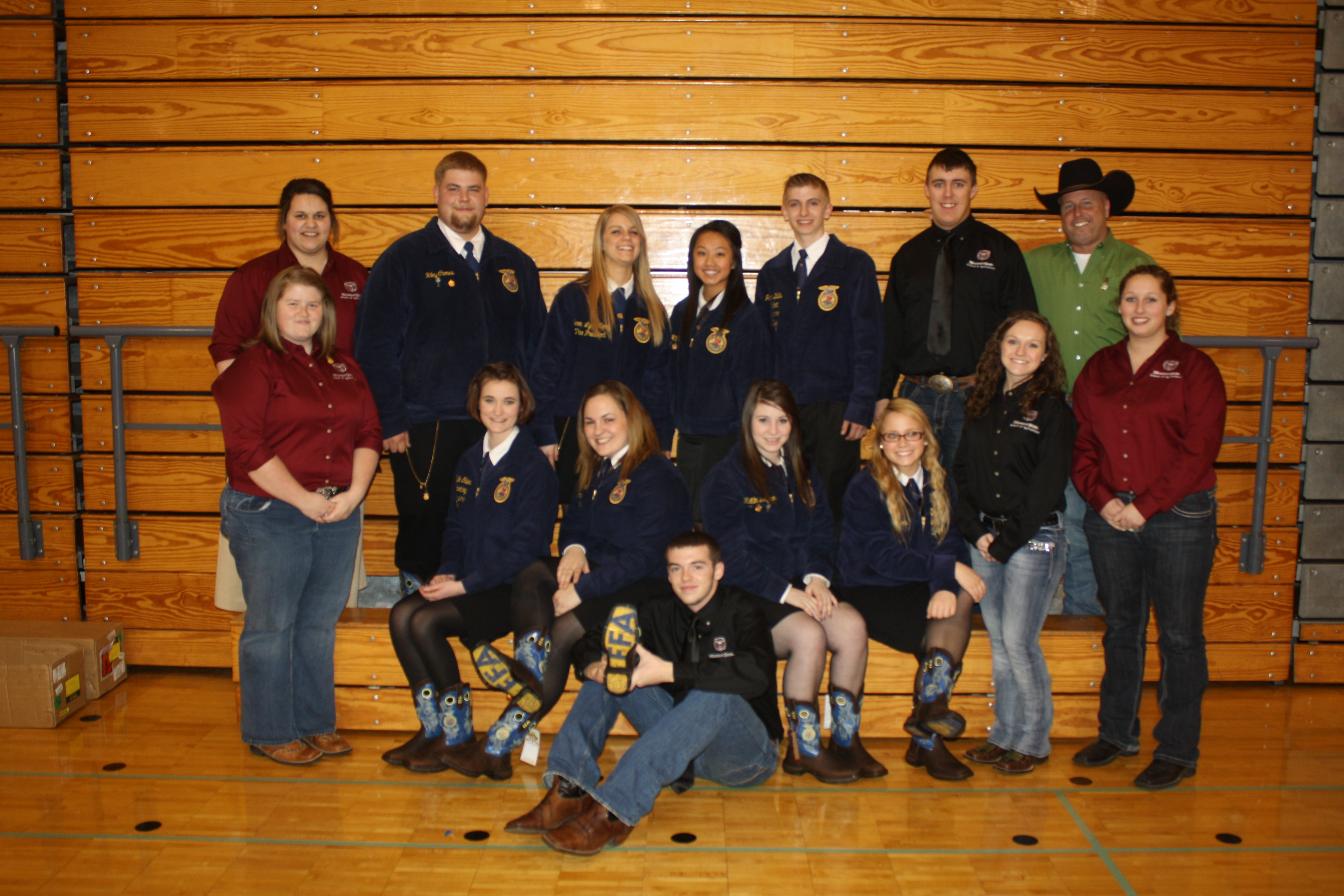 FFA Area 11 Officers pose with with student leaders from the William H. Darr School of Agriculture.