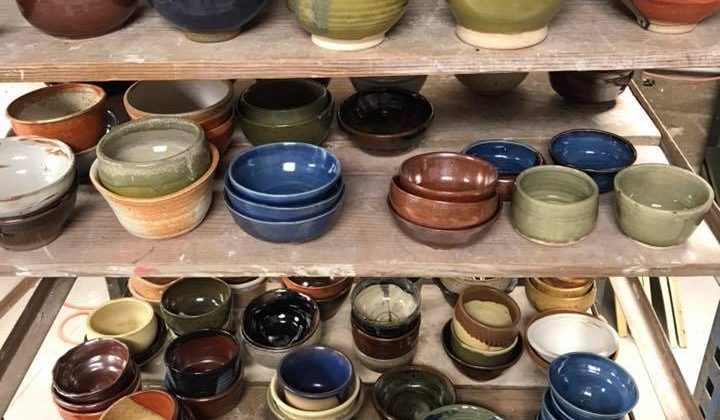 Empty bowls project to aid community