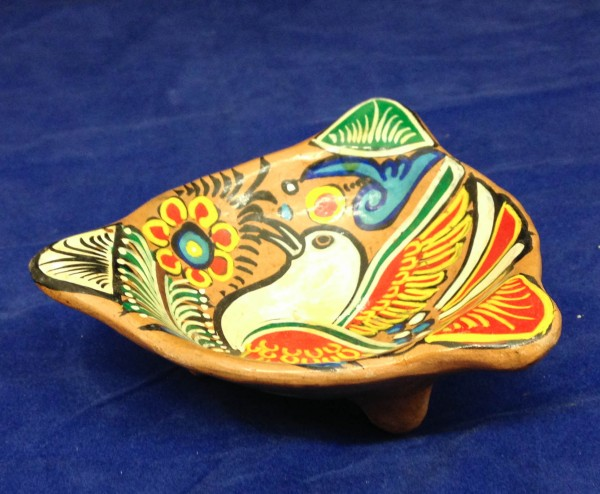 Multicolored Talavera-style Ashtray with Bird and Floral Designs Mexican Mestizo cultures Late 20th century Ceramic and glazes, L. 12.5 cm x W. 12 cm x H. 4 cm BFPC collection #2005.1