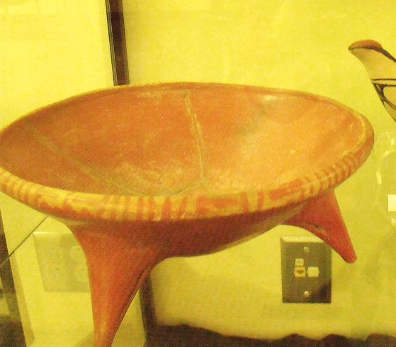 Red Tripod Rattle Vessel with Stripe-and-Triangle Rim Motif, Researched by Rae Ann Rockwell