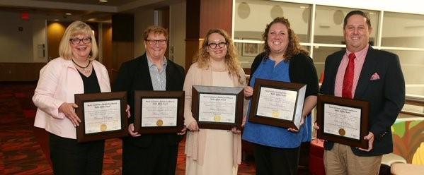 Ashley Leinweber receives Award