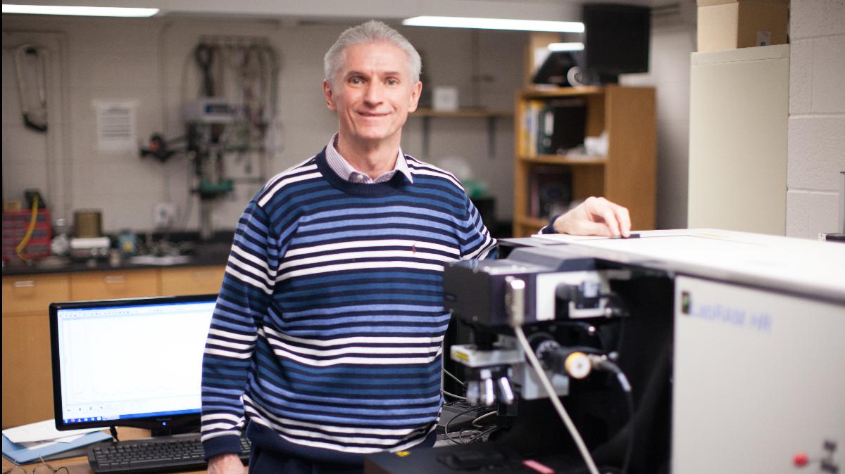 Dr. Robert Mayanovic in his lab.