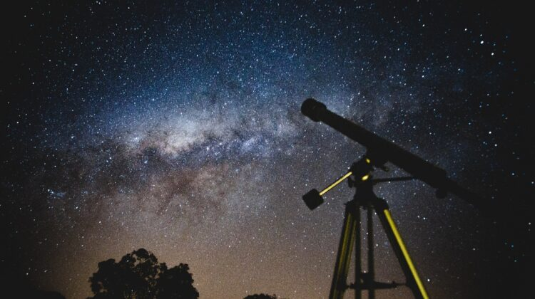 Image of night sky and telescope courtesy of Pexels.