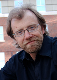 "george saunders the braindead megaphone essays Moore/rieben comp ii word count # 450 saunders, george,"" the braindead megaphone essays"" riverhead paperback sept 2007 jan 2011 george saunders proves to be extremely entertaining in his novel, ""the braindead megaphone,"" as he captures the interest of his readers with his unique thinking and writing styles."