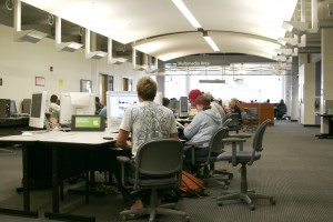 Students using computers in Meyer Library