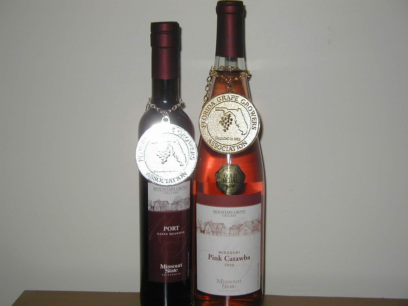Gold & silver medals wine 3-11 007