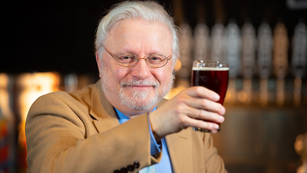 David Gutzke at pub
