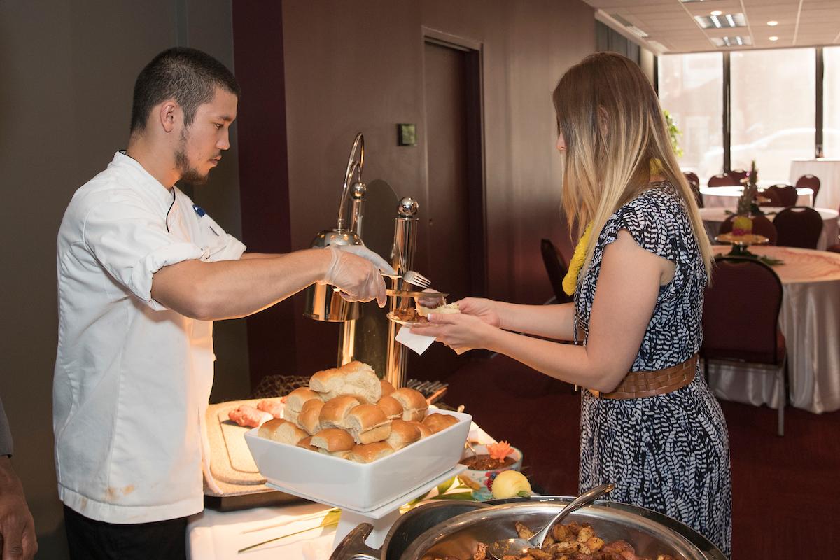 Serving Chartwells food