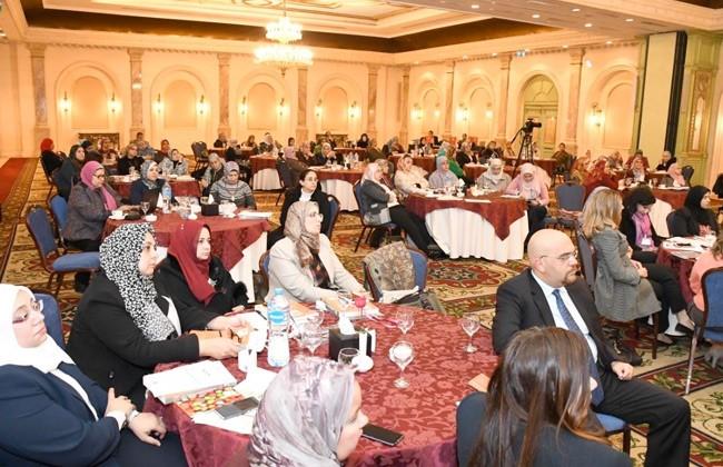 Audience in a banquet hall celebrating program partnership between Executive Women's Leadership Program and Missouri State University