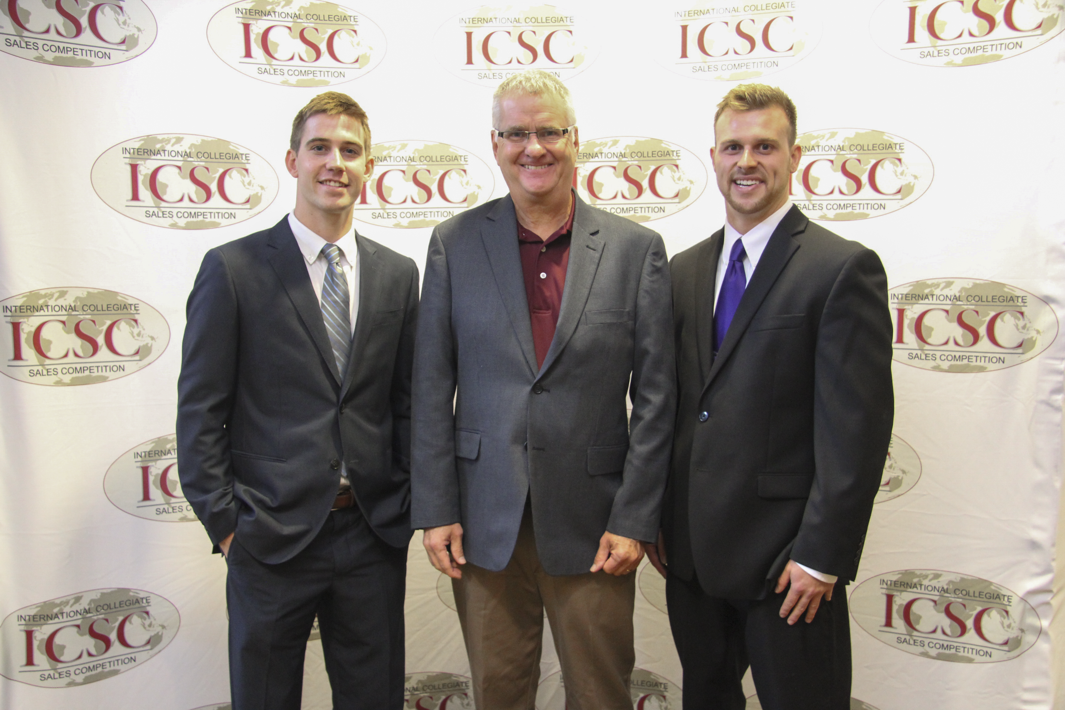 Marketing Students Compete in International Sales Competition