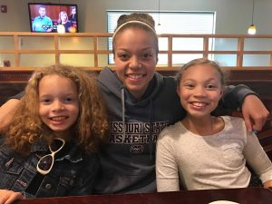 lexi with two of her sisters, ava and ashlyn