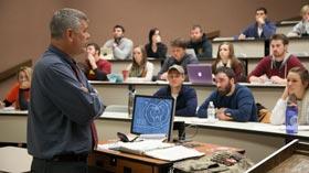 Wayne Anderson teaching class