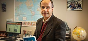 Dr. David Romano