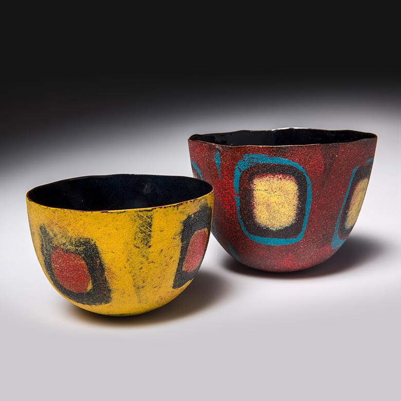 Two bowls with geometric motif