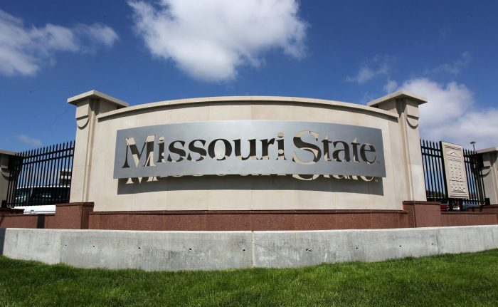Missouri State Entry Sign