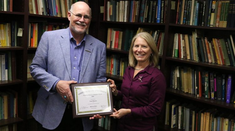 Blanton receives CDE Award