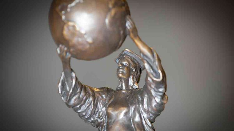 Statue given to PAHOF inductees