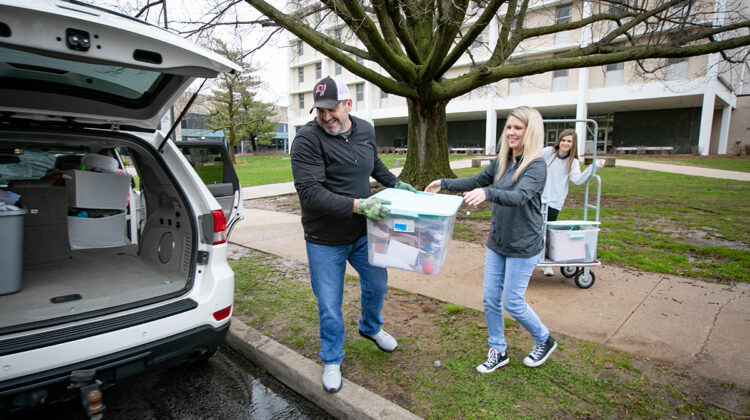 Student moves out of residence hall