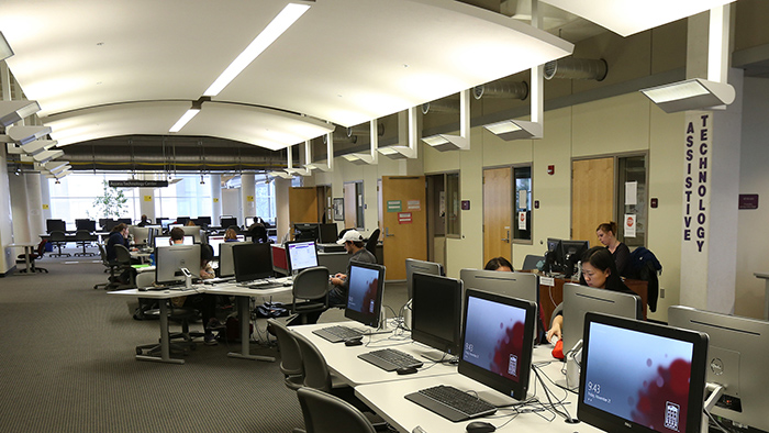 computer lab in meyer library