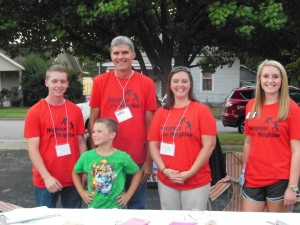 Neighbor for neighbor BLOG, 8_15_14 --Robberson 047 (2) GROUP Volunteers