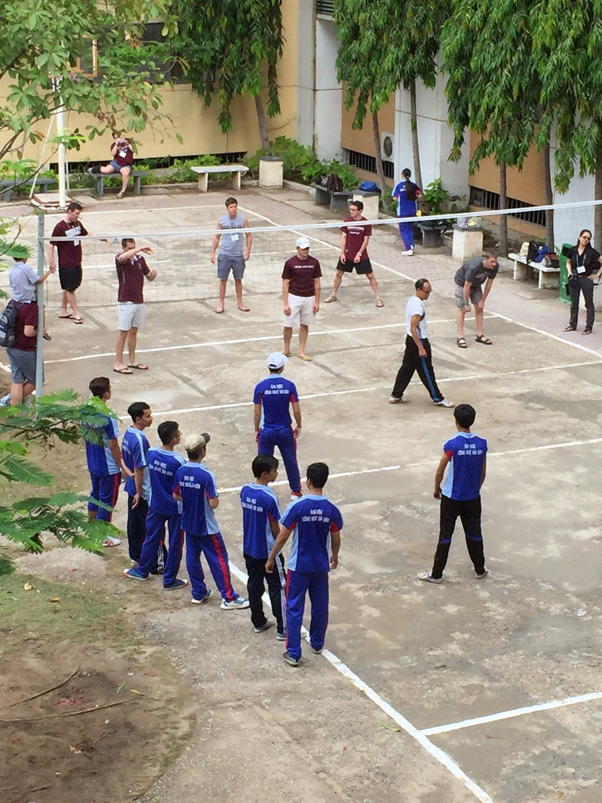 Intercollegiate volleyball
