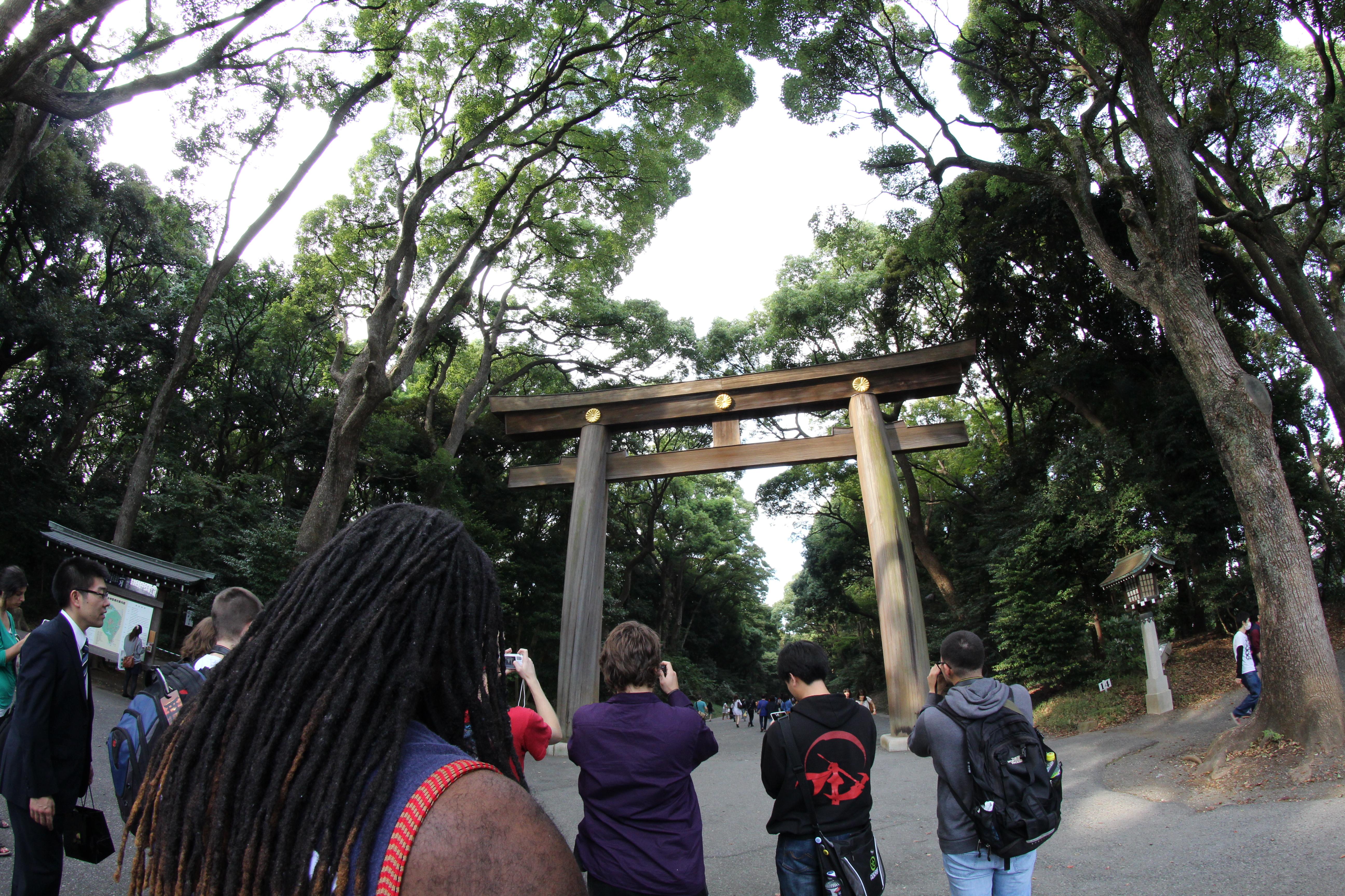 KCP Japanese Language School! Trip to Meiji Jingu Shrine and Takeshita Dori.