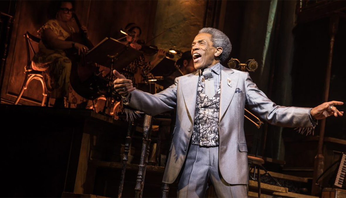 André de Shields sings in front of a small band (Photo Credit: Matthew Murphy)